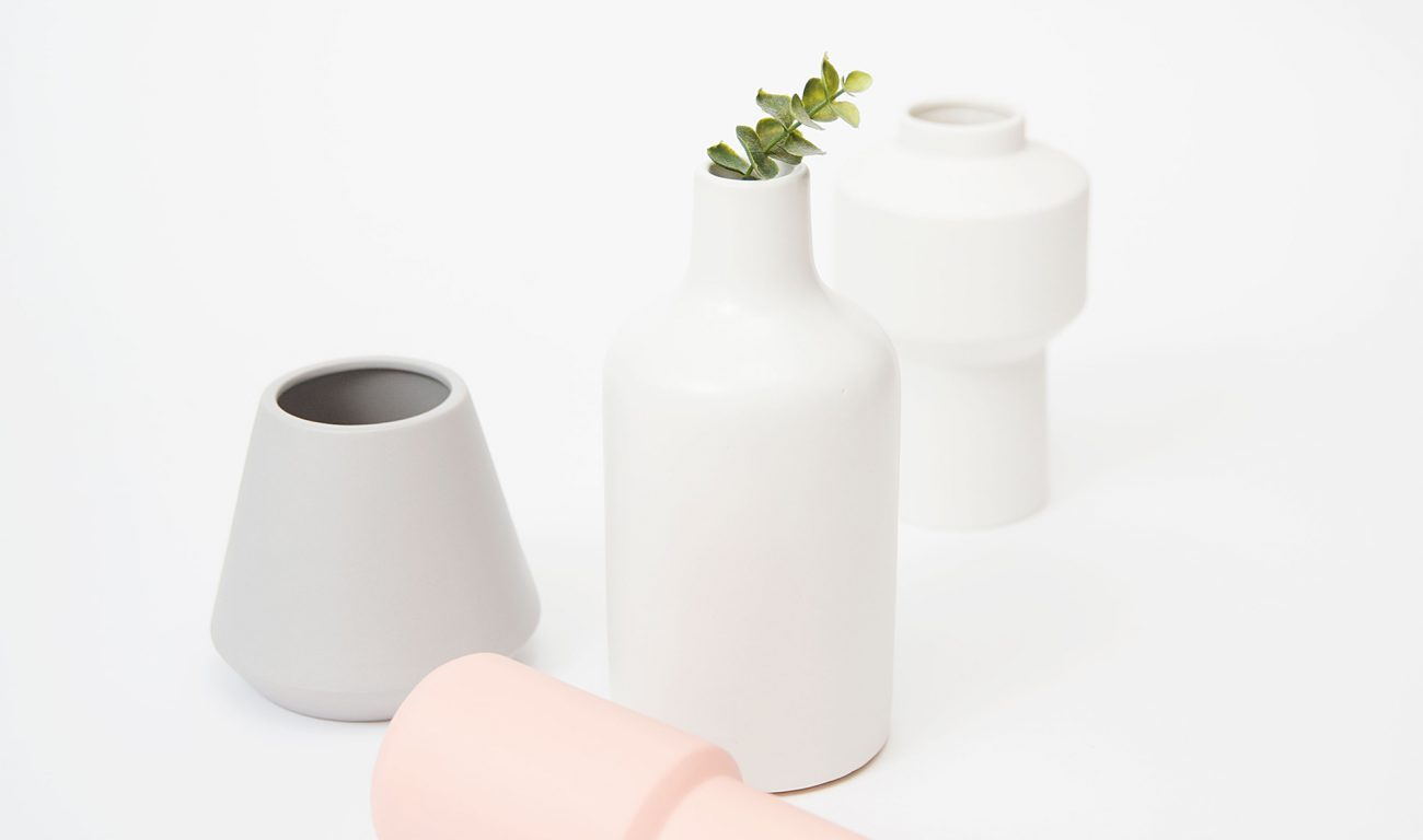modern-essentials-792823-unsplash
